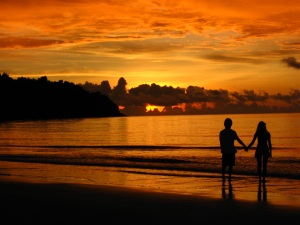couple-at-sunset-1-4